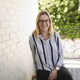 Julia Watts - Senior Consultant at Clarity Communications