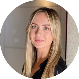 Mel Newcombe - Senior Consultant at Clarity Communications